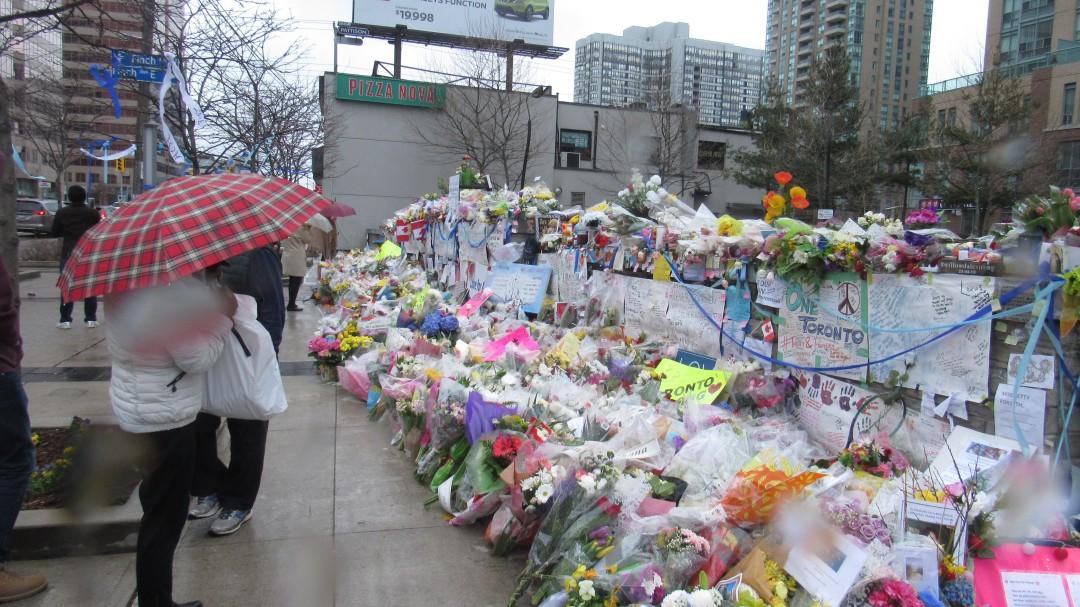 056 - Yonge memorial wide